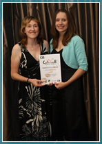Jenny Grinter and Kate Clayton with Wyvern's Certificate of Excellence