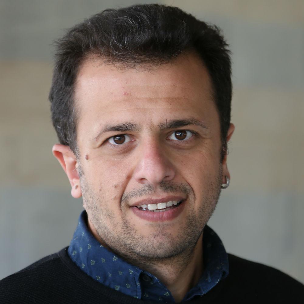 Dr Murat Akman