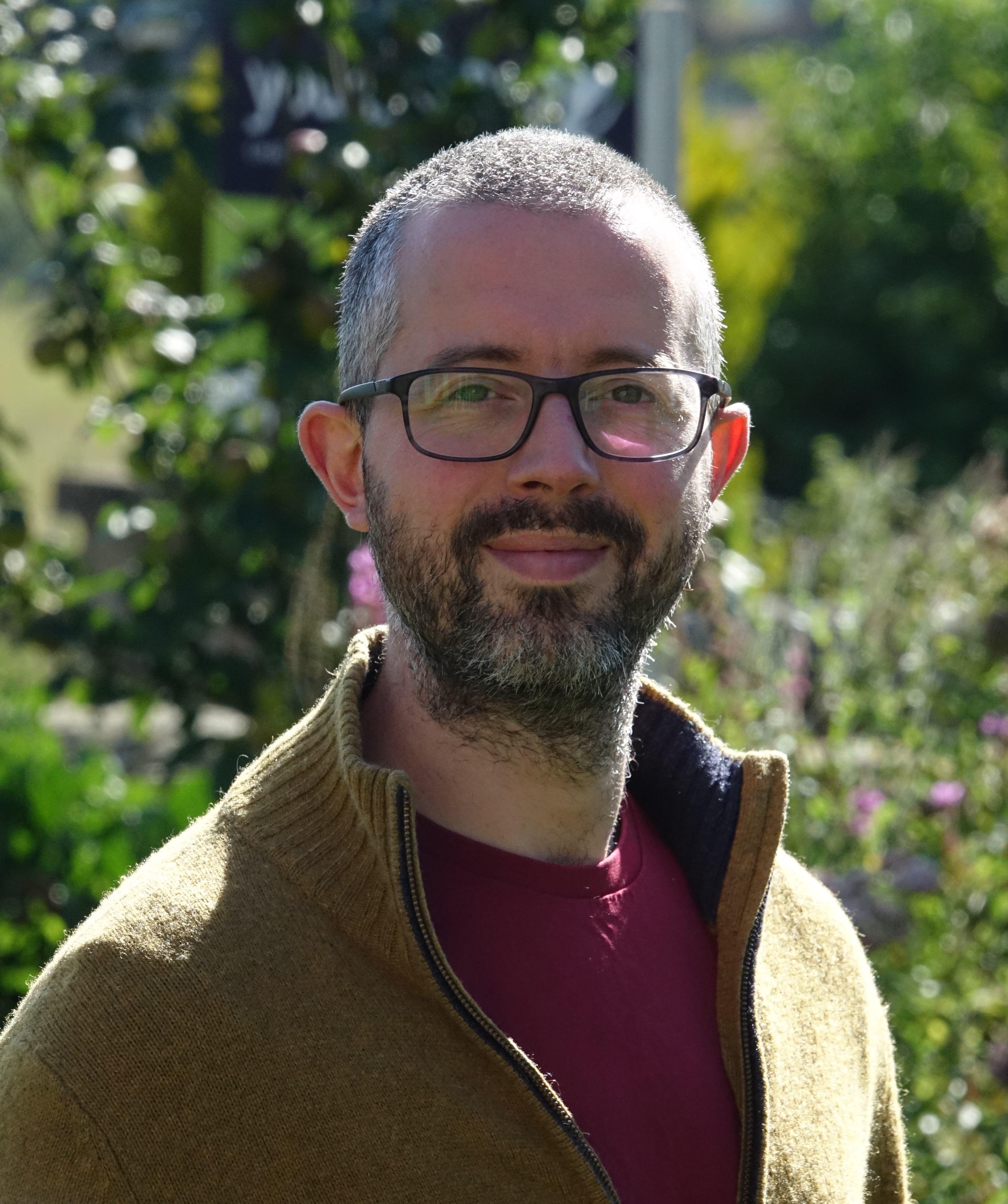 Dr Nick Aldred