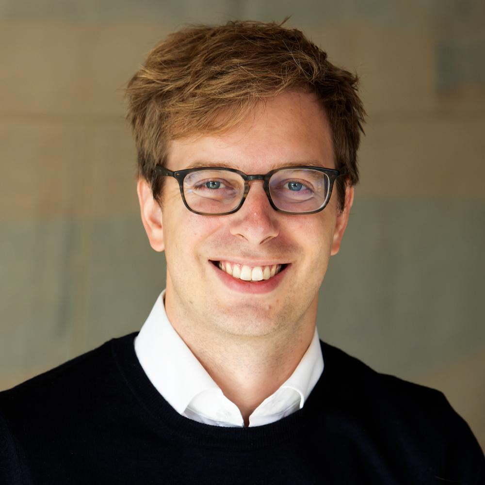 Dr Lukas Altermatt