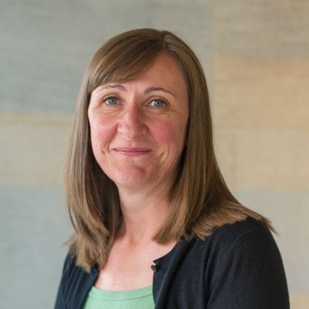 Dr Leanne Andrews