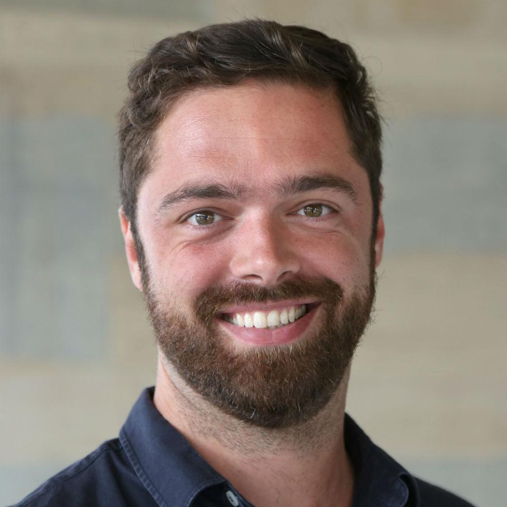 Dr David Axelsen