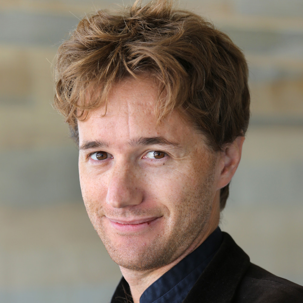 Dr Manuel Batsch