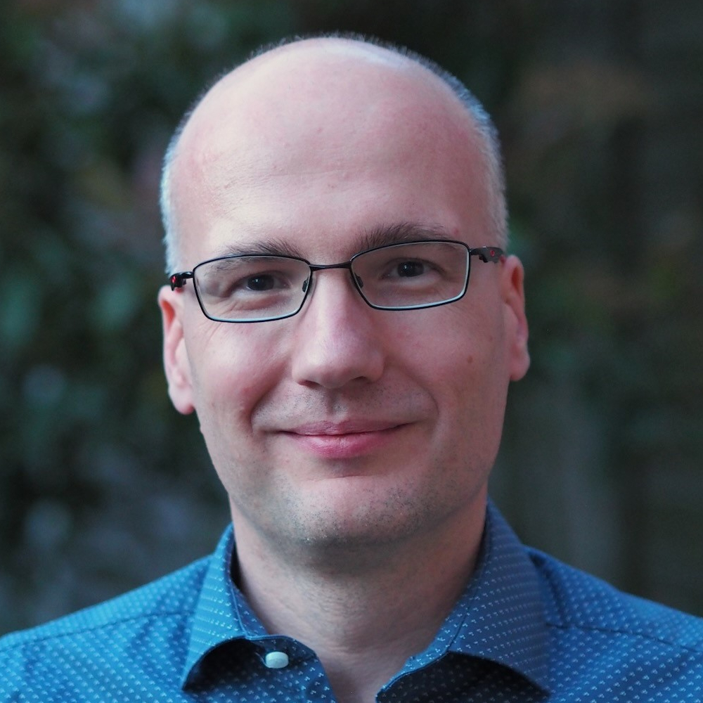Dr Mario Burghausen