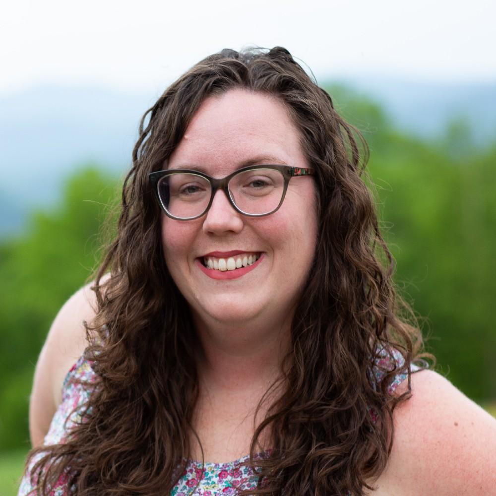 Dr Amanda Cavanagh