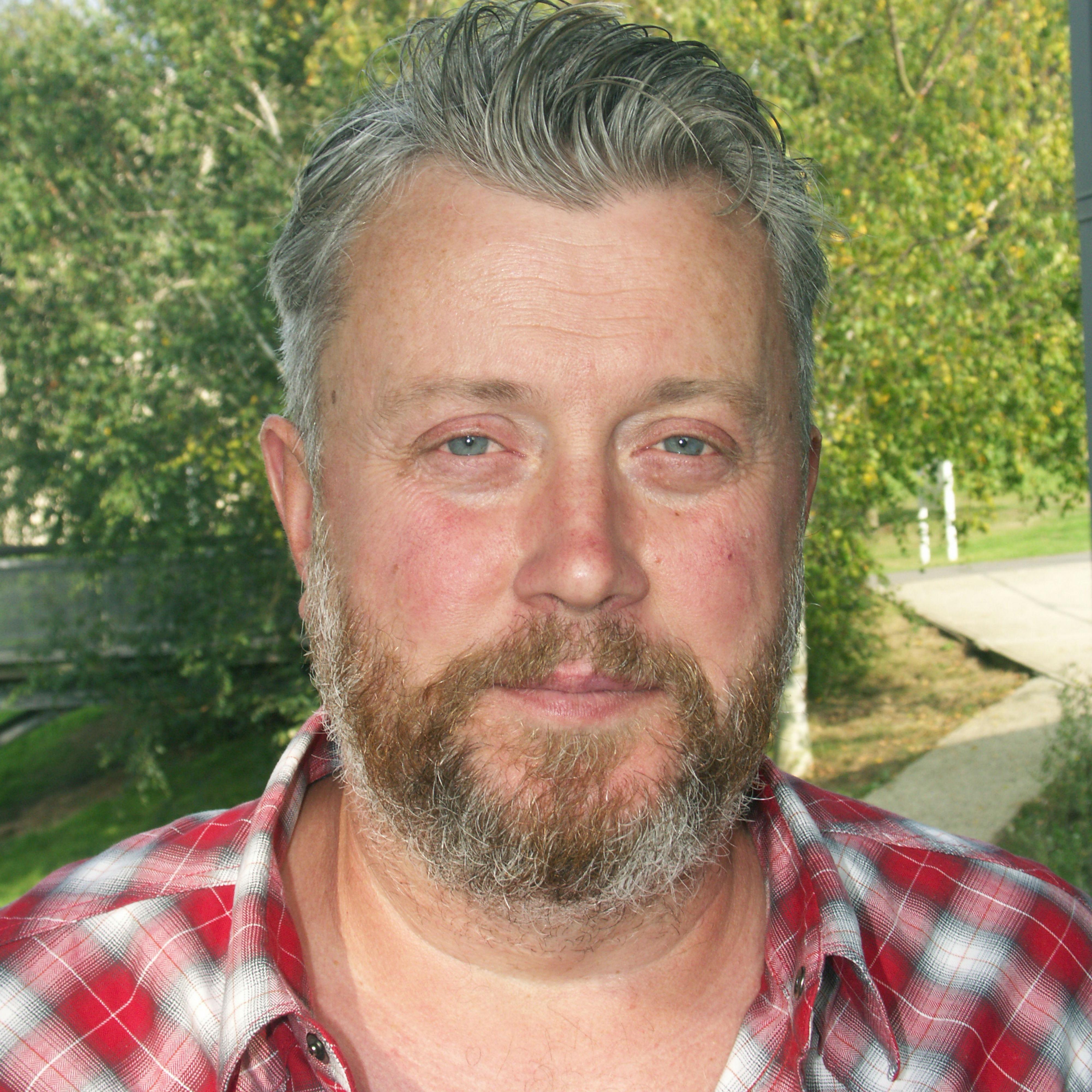 Dr Nicholas Cooper