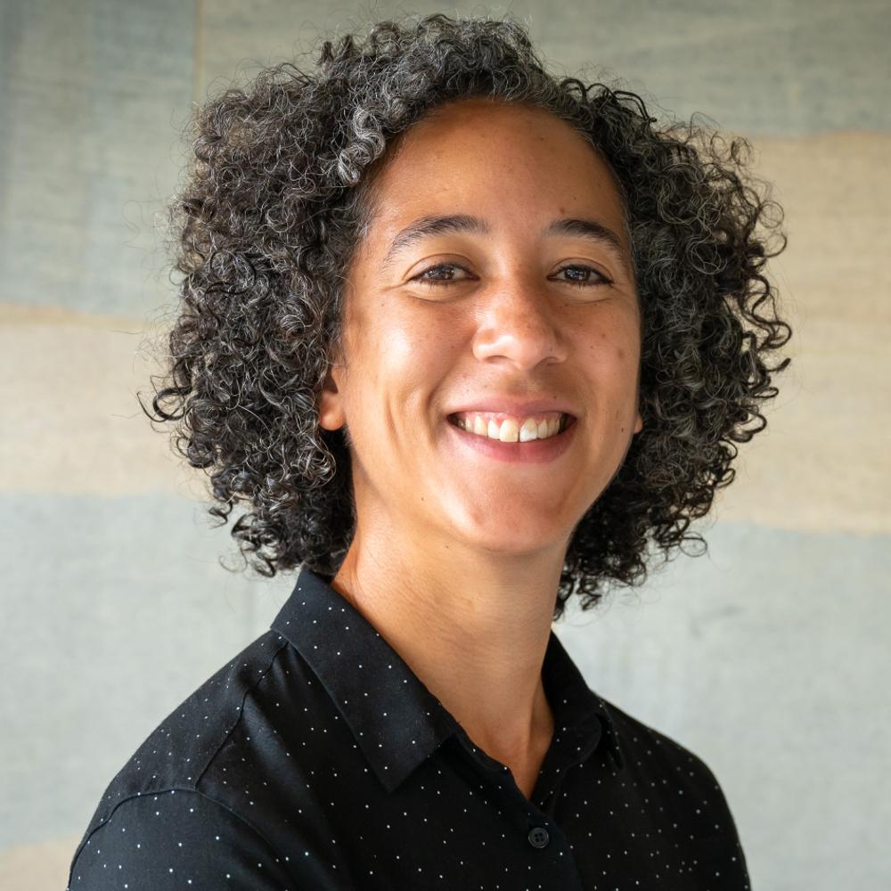 Dr Hannah Gibson