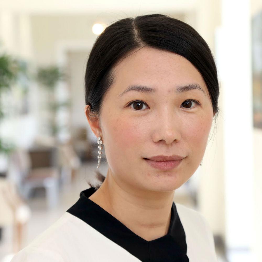 Dr Flora Huang