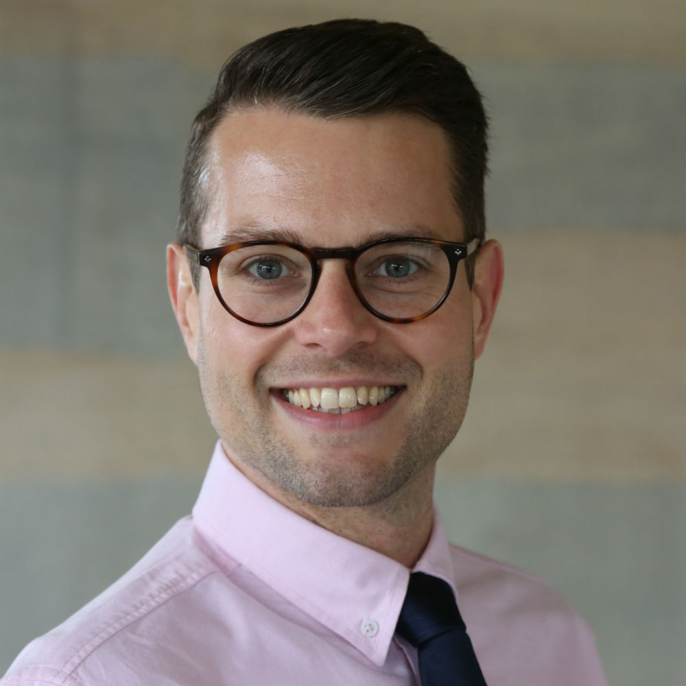 Dr Erik Jacobi