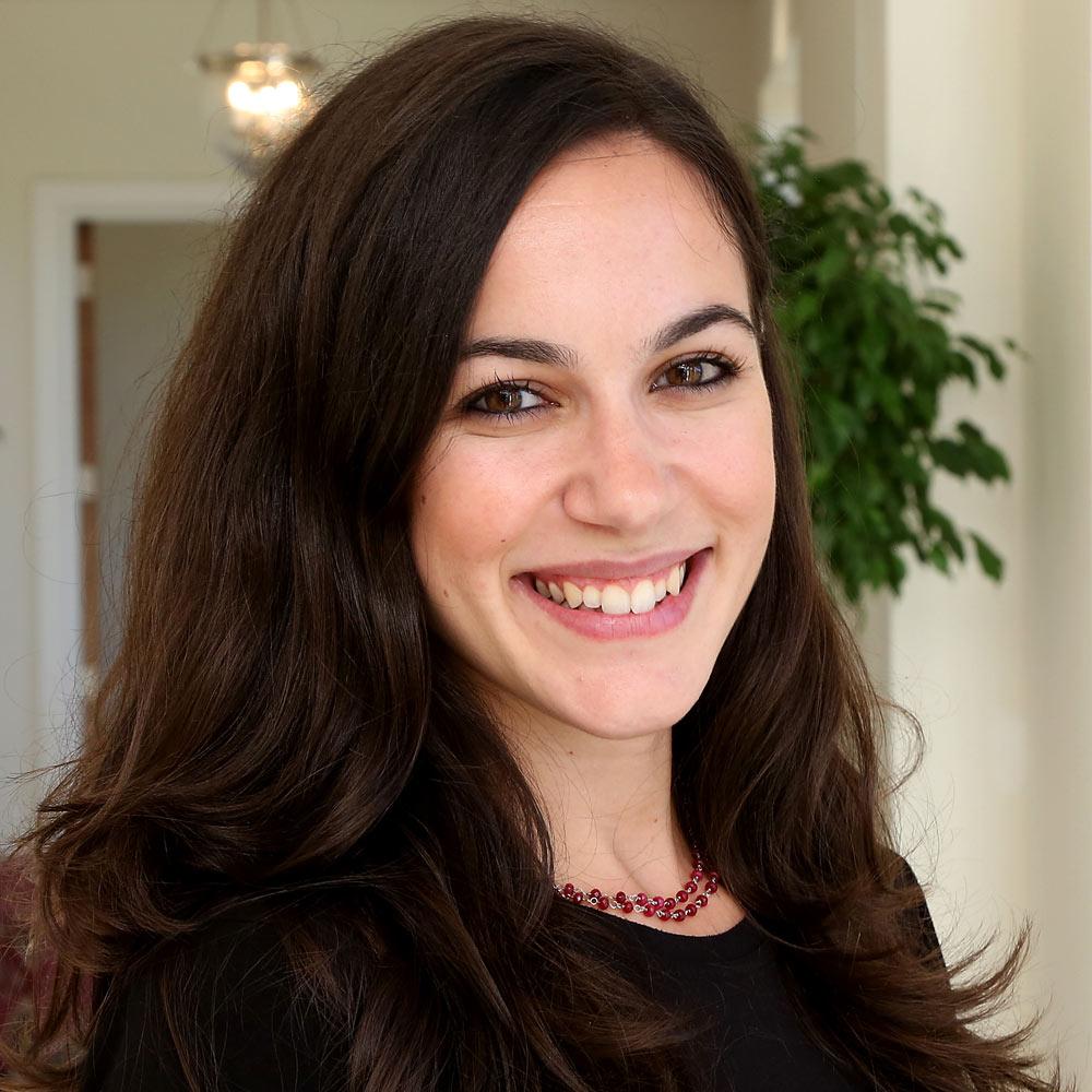 Dr Anastasia Karatzia