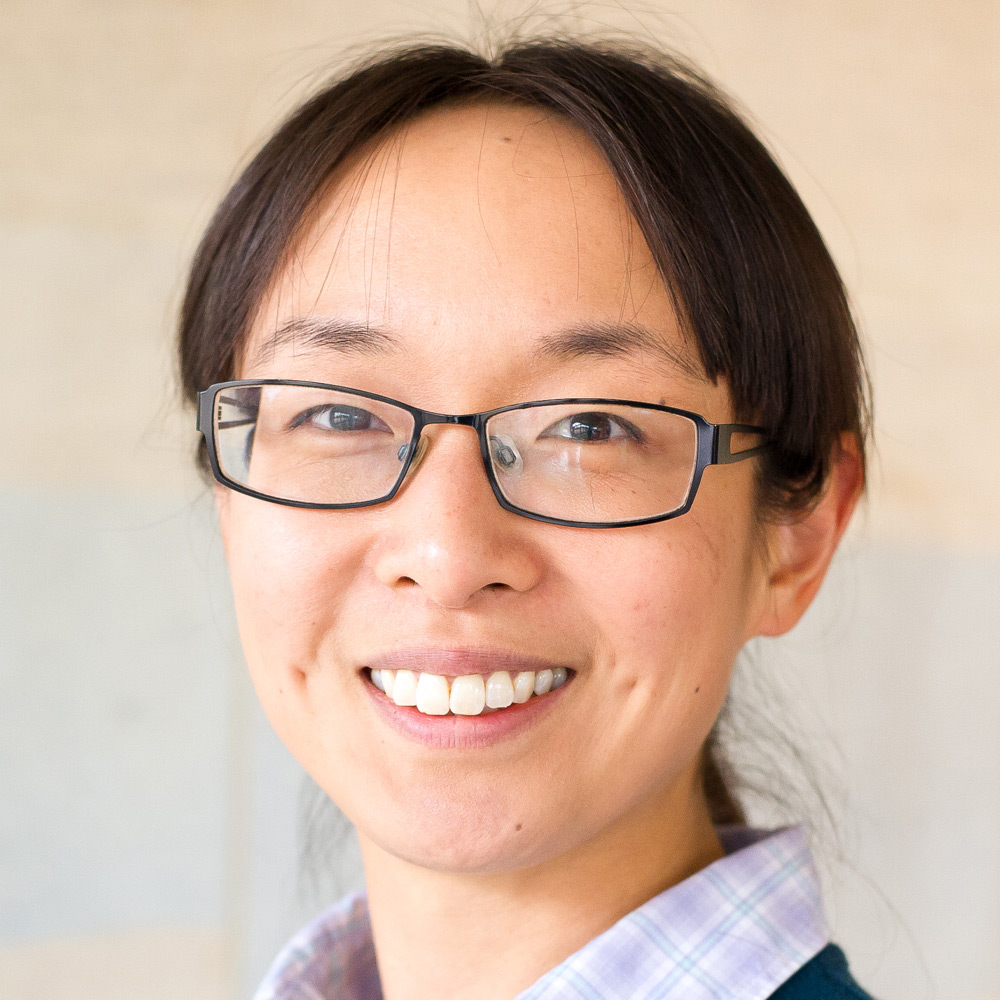 Dr Yuni Kim