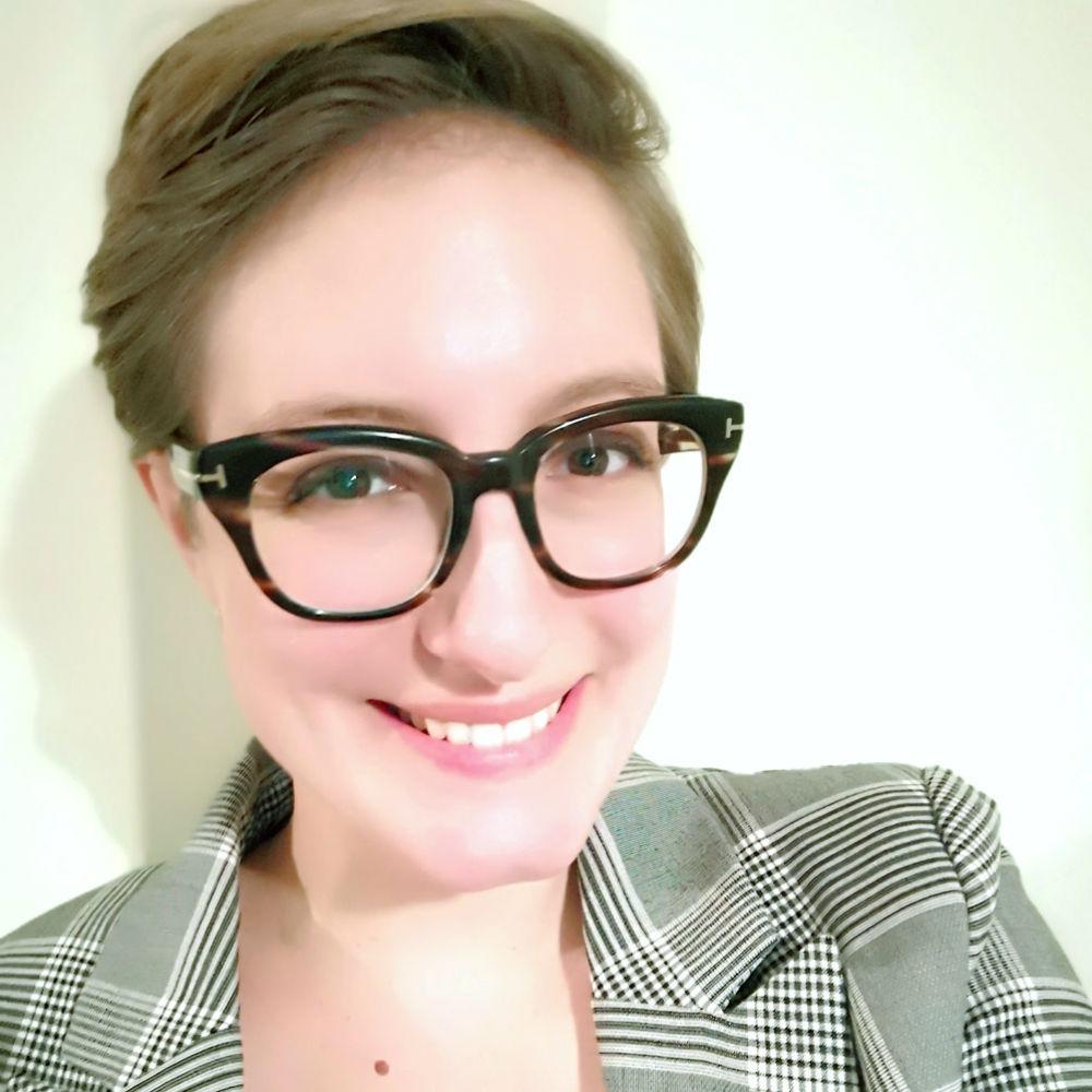 Dr Veronica Lamarche