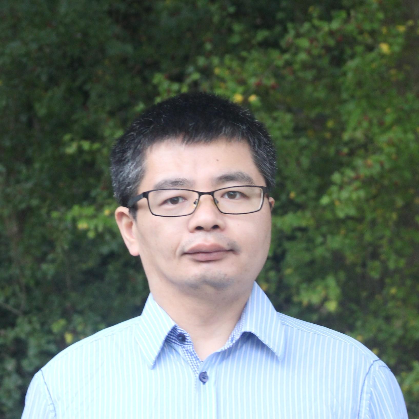 Dr Peng Liu
