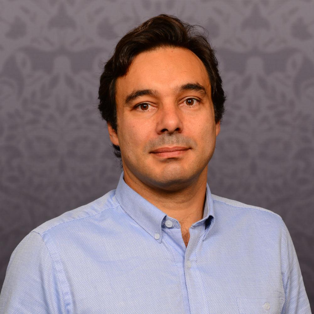 Dr Luis Vasconcelos