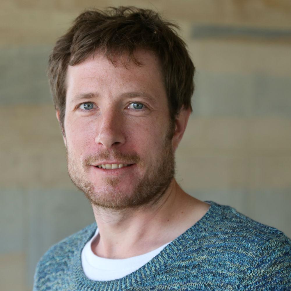 Dr Jonathan Rolison