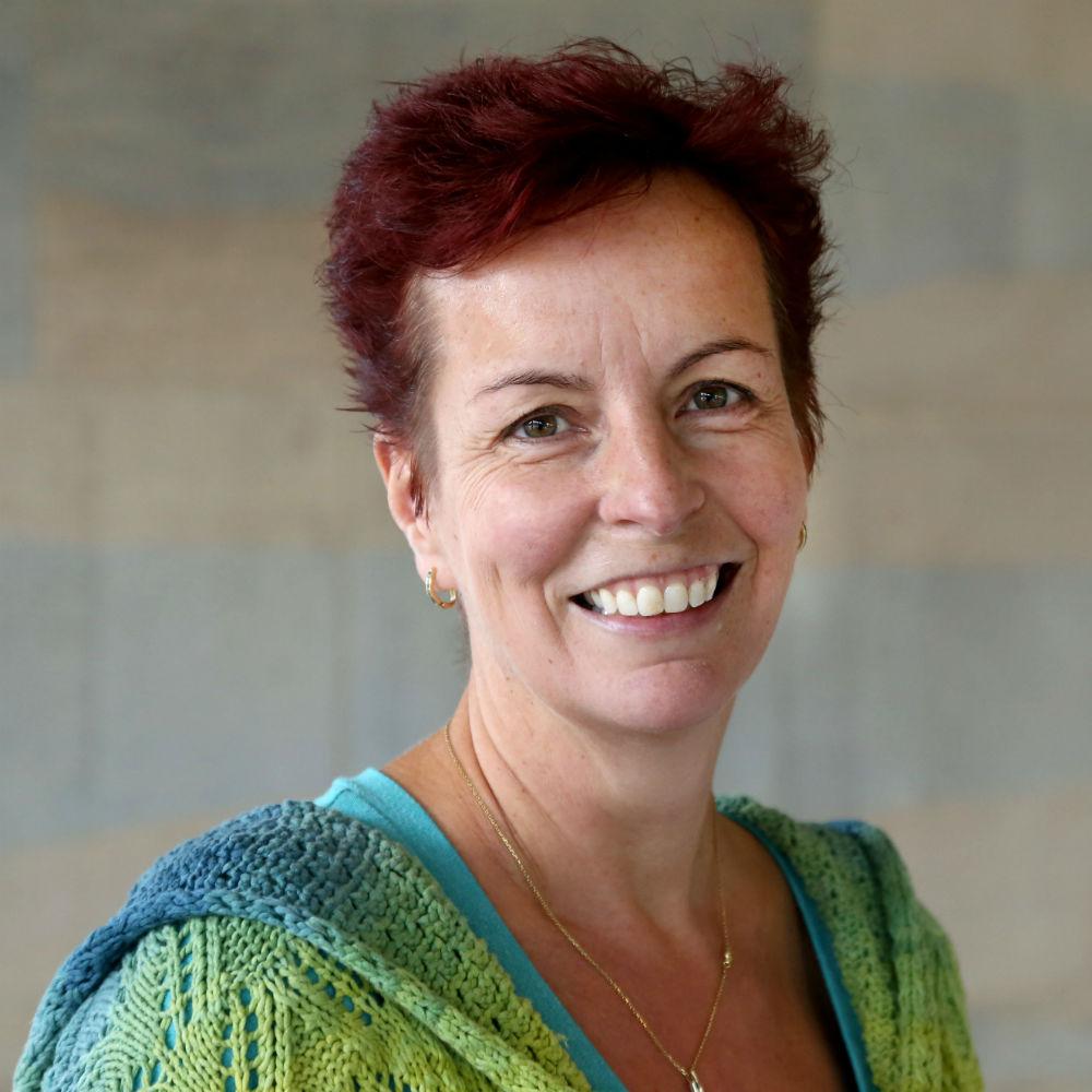 Professor Monika Schmid