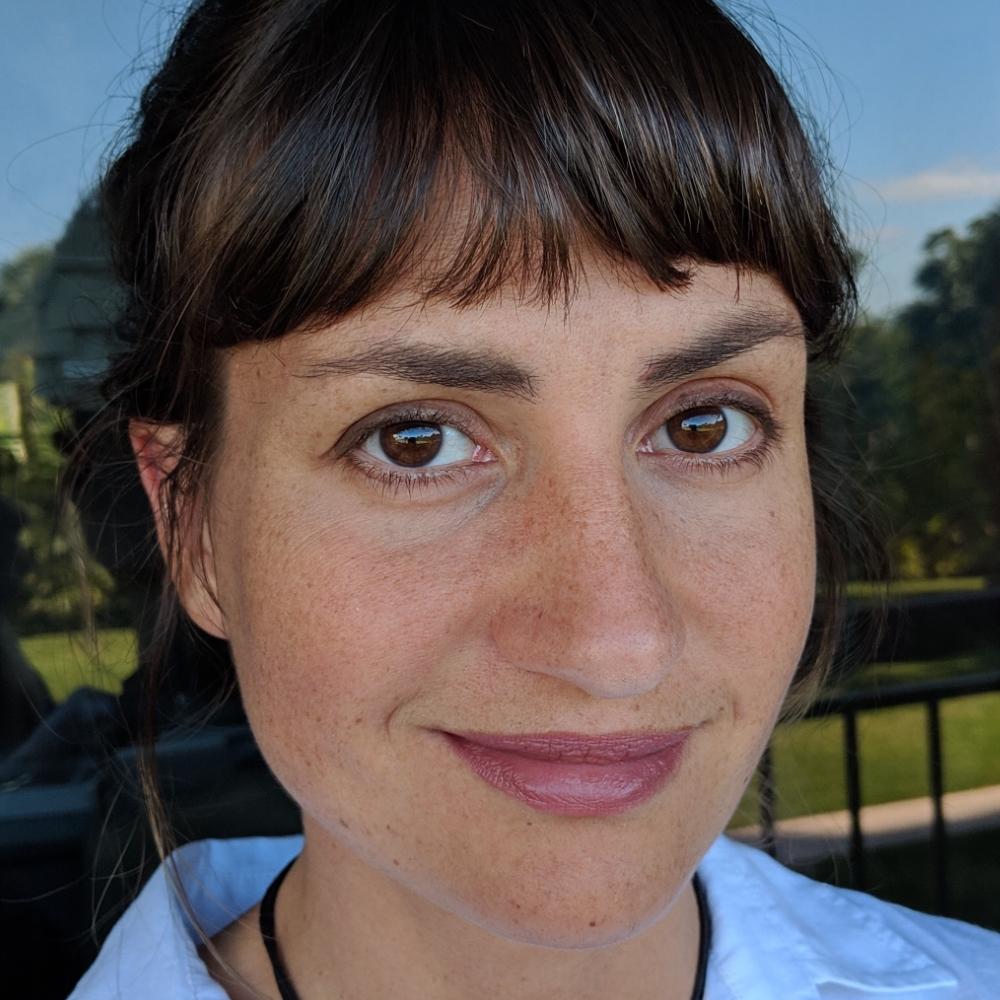 Dr Miranda Simon