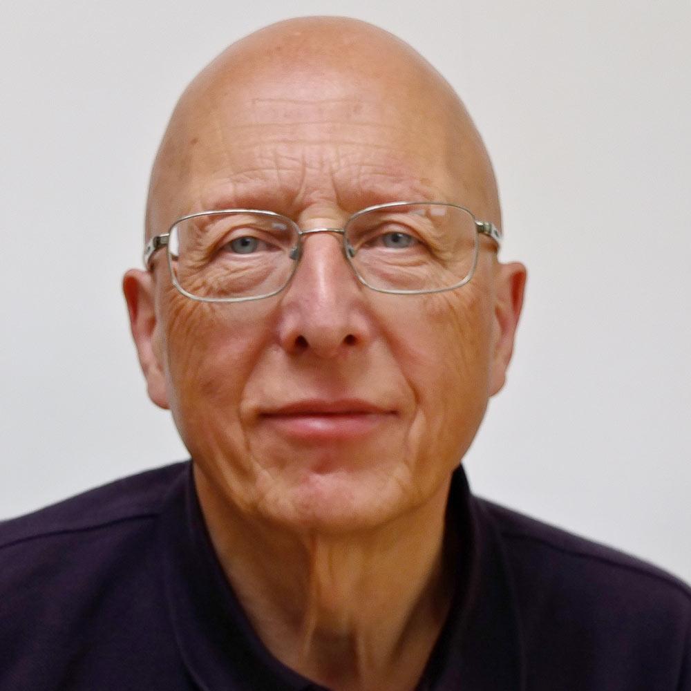 Dr Terry Smyth