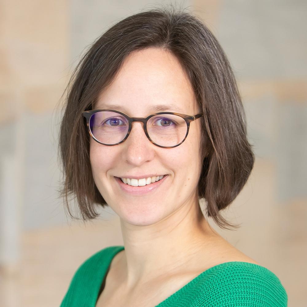 Dr Lisa Spantig