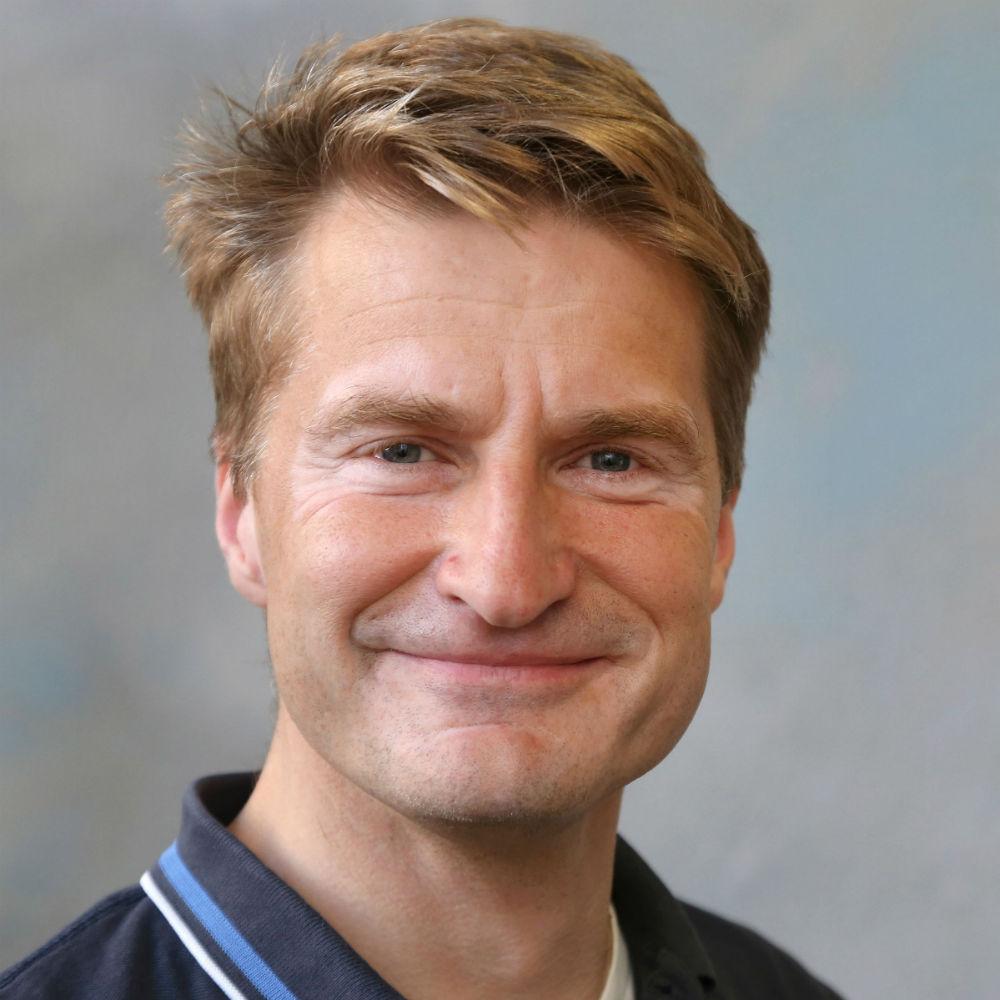 Dr Michael Steinke