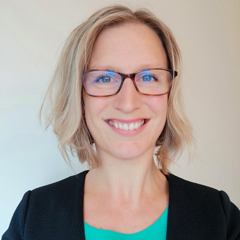 Dr Anna Sturrock