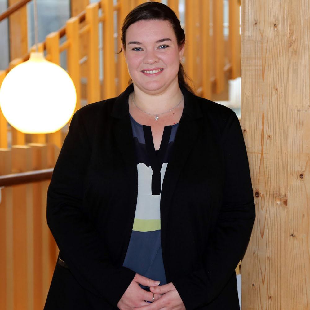 Dr Danielle Tucker