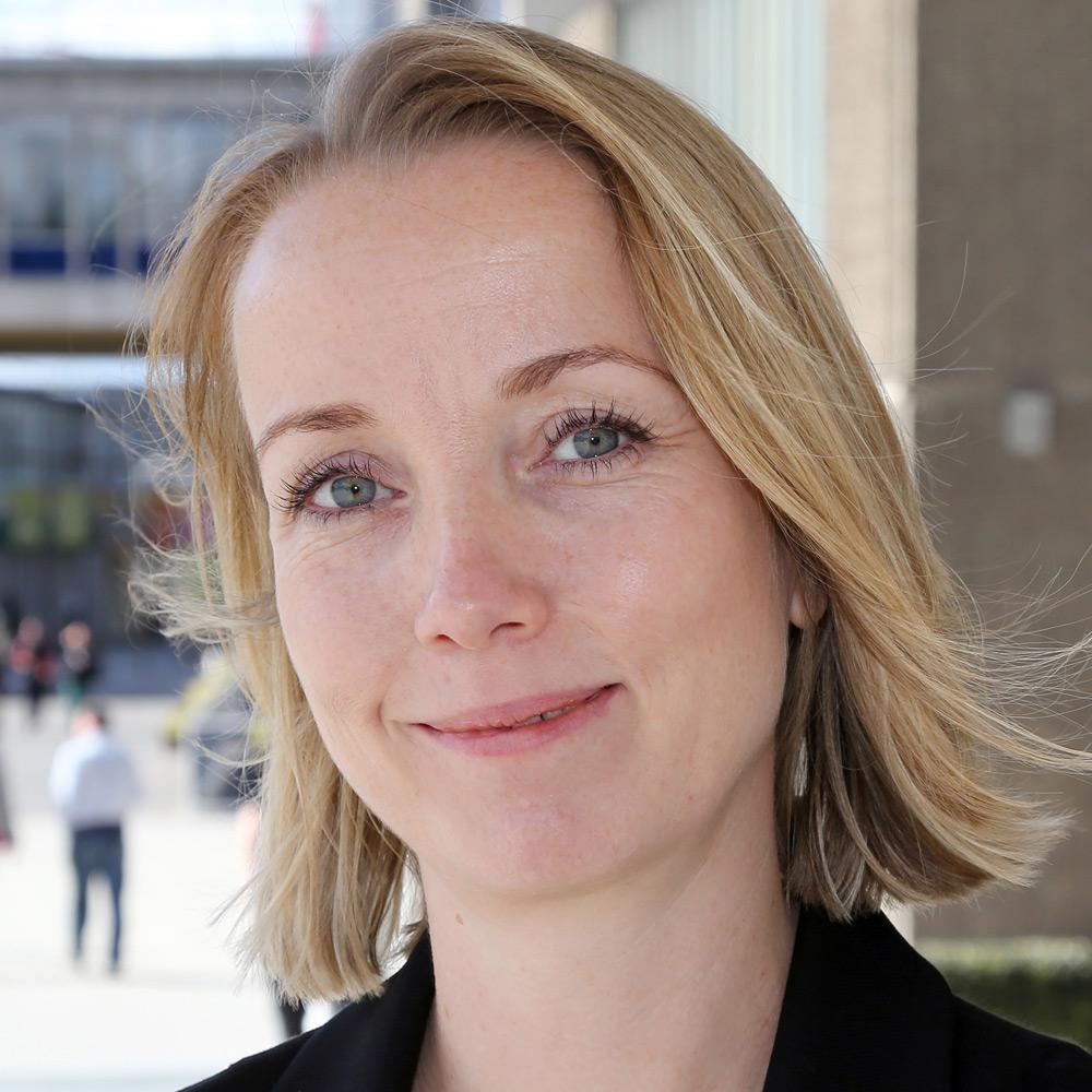 Dr Julie Walsh