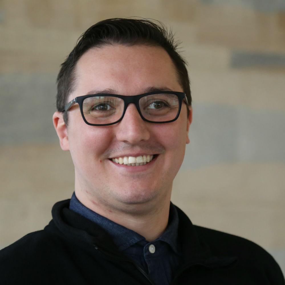 Dr Eduardo Wachter