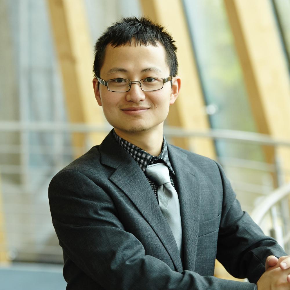 Dr Cheng Yan